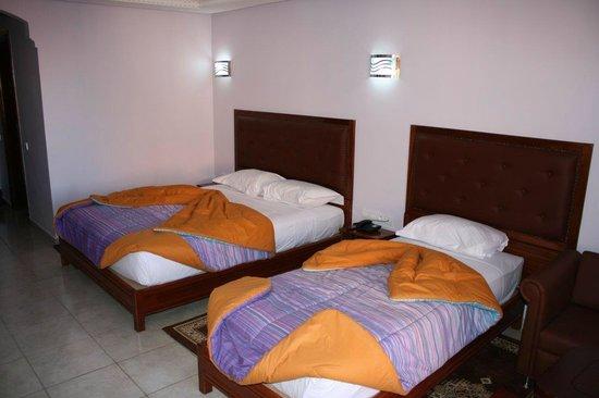 Hotel Gomassine : Chambre 3 adultes existe en 3 lits