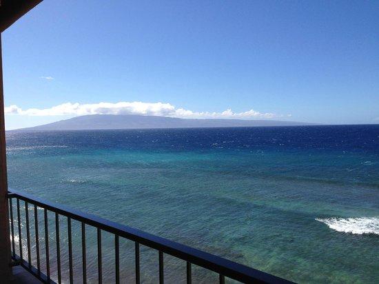 Maui Kai: View of Lanai