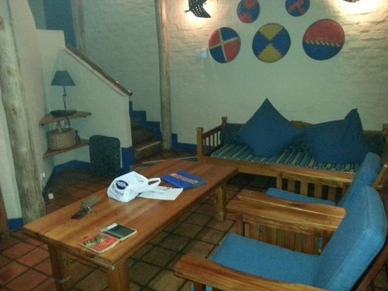 Lokuthula Lodges: Lodge Living Room