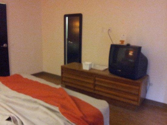 Motel 6 Augusta: Room