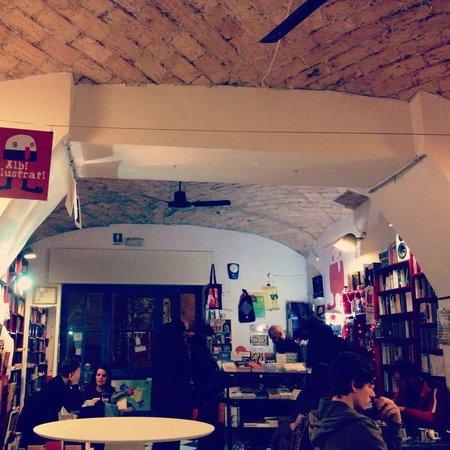 Giufa Libreria Caffe: Un caffè letterario 'prezioso' in San Lorenzo