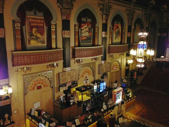 Oriental Theater: ornate concessions area