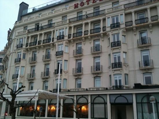 Hotel de Londres y de Inglaterra: facade sur mer