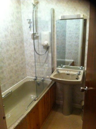 Drumnadrochit Hotel: Baño