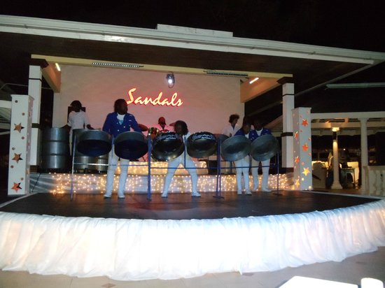 Sandals Royal Caribbean Resort and Private Island: Steel Drum Band performance