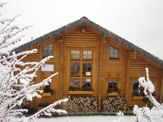Alpine Comfort: Chalet in the snow.