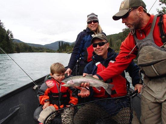 Bob's Cabin & Guide Service : River drift trip