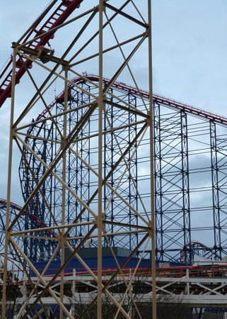 The Big Blue Hotel: The Pepsi Max Big One