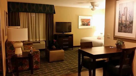 Homewood Suites by Hilton Orlando Airport: studio suites