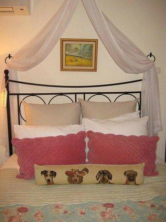 Boogaard's Bed and Breakfast: Pug Room