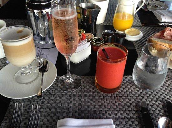 Four Seasons Resort Mauritius at Anahita: Frühstück