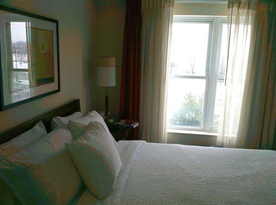 Residence Inn Toronto Mississauga/Meadowvale: Bedroom
