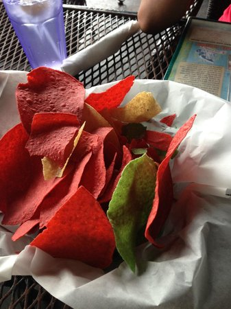 Iguana Mia: Florescent red and green corn tortilla chips