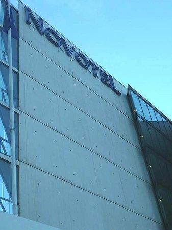 Novotel Le Havre Centre Gare : Novotel Le Havre Bassin Vauban: Francia: struttura slanciata