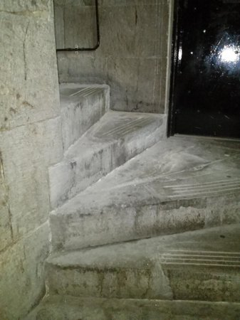 Stay Edinburgh City Apartments - Royal Mile : Staircase