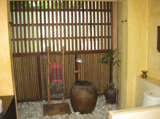 Buri Rasa Village Samui : Bathroom