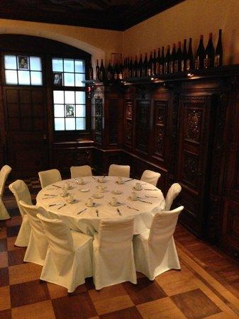 Radisson Blu Schwarzer Bock Hotel : Ресторан