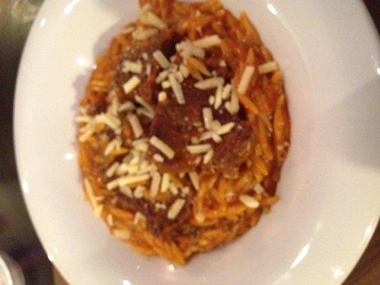 Greek Taverna Yamas: Beef main dish