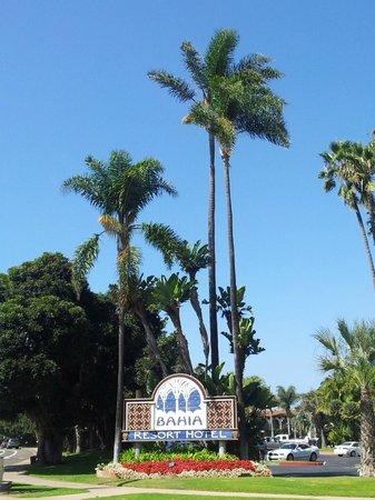Bahia Resort Hotel: Hoteleinfahrt