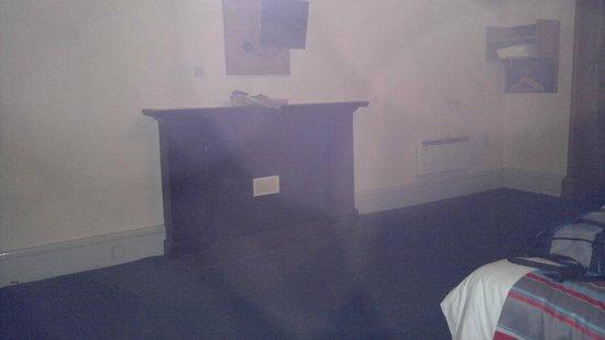 Travelodge Edinburgh Haymarket Hotel : fireplace