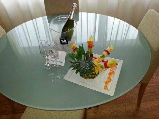 Hotel Lovere Resort & Spa : Benvenuto...