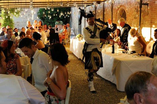 Borgo Di Colleoli Resort Tuscany: Wedding dinner