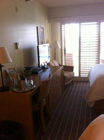 The Inn At Laguna Beach: Desk area