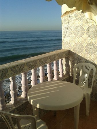 Ocean Surf House Taghazout: Terrace view towards Anchor Point