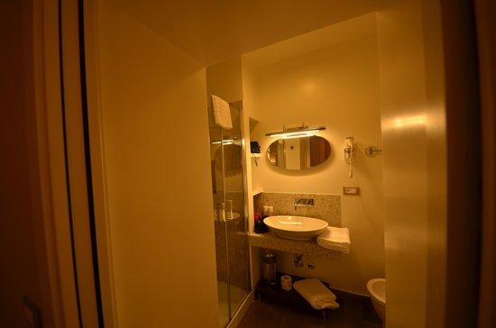 Hotel Mozart: Salle de bains