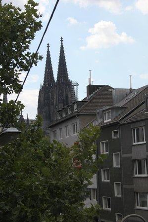 Hotel Casa Colonia: Vista de la Catedral desde la habitación