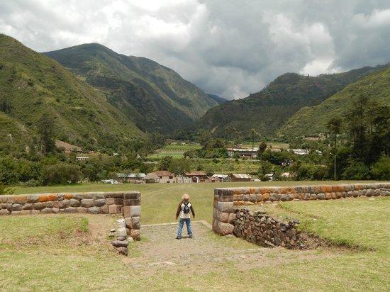 Reposo del Angel : Ruinas de Tarahuasi