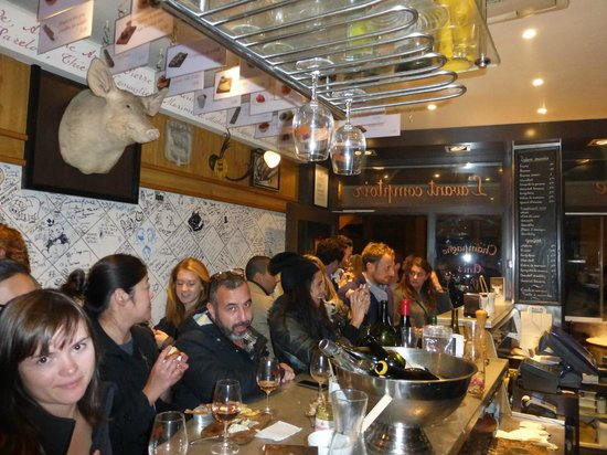 Around the kitchen bar at l 39 avant comptoire picture of l - Boutique comptoir des cotonniers paris ...