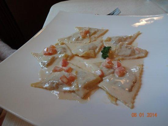 Il Vicoletto: Ravioli cappesante e gamberi