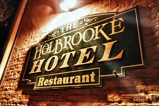 Holbrooke Hotel Back Entrance Sign