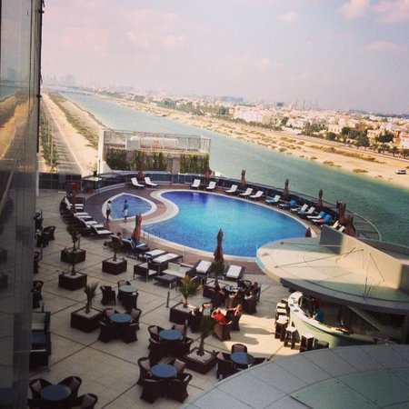 Novotel Abu Dhabi Gate : 3