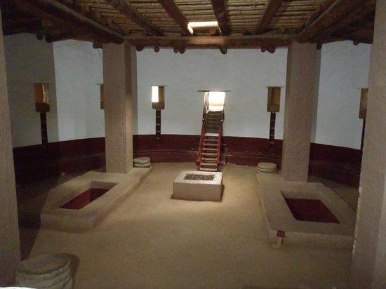 Aztec Ruins National Monument: Inside the Kiva