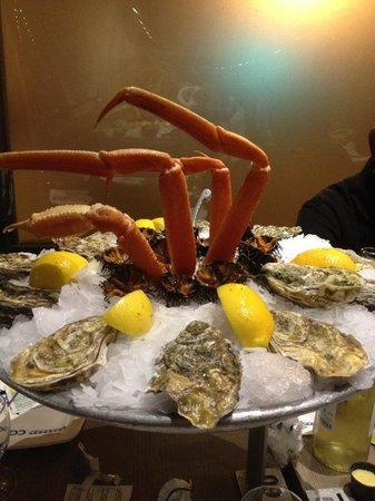Toinou Les Fruits de Mer : Huître du Connemara et pattes de crabe