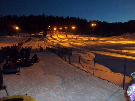 Gorgoza Park: snow tubing lanes