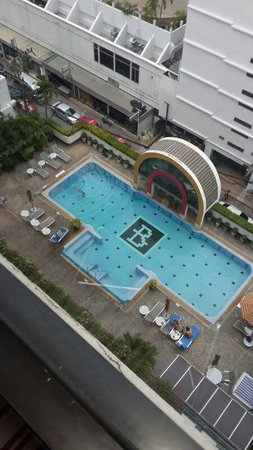 BelAire Bangkok: The hotel has a private swimming pool