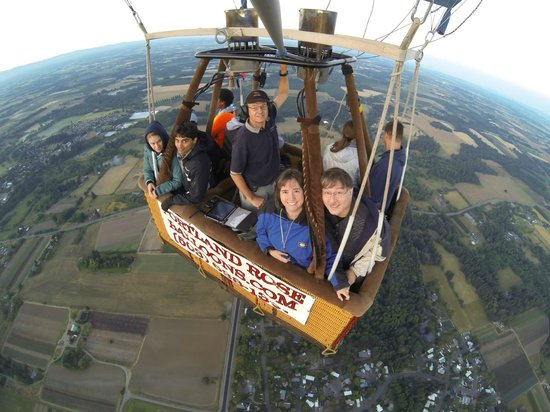 Portland Rose Hot Air Balloons: Flying high!