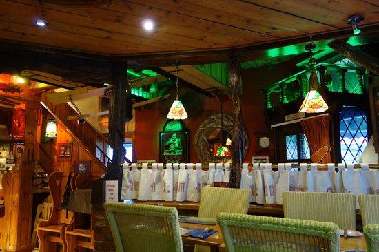 Hanbury's Famous Fish & Chips: the restaurant