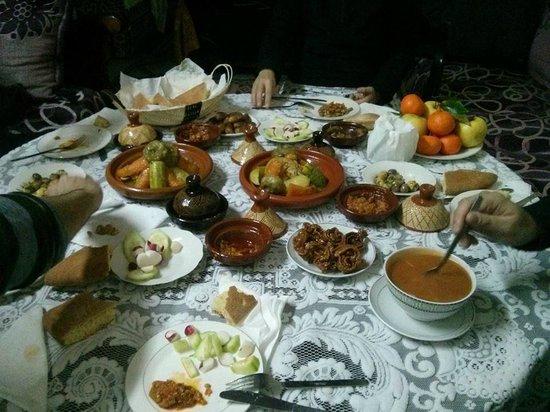 La cena en el Riad Meski