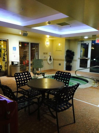 Hilton Garden Inn Ridgefield Park: Jacuzzi