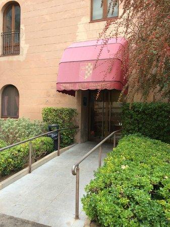 Restaurant Abat Cisneros: Entrada