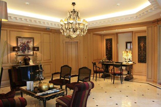 Villa Lara Hotel: Lobby area