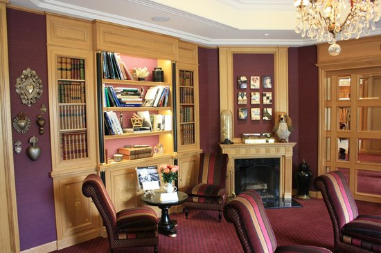 Villa Lara Hotel: Sitting area