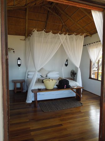 Blue Footprints Eco-Lodge: interior of the casita