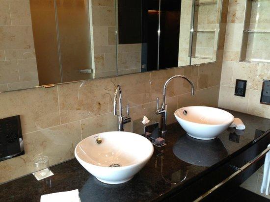 The Dolder Grand: Bathroom