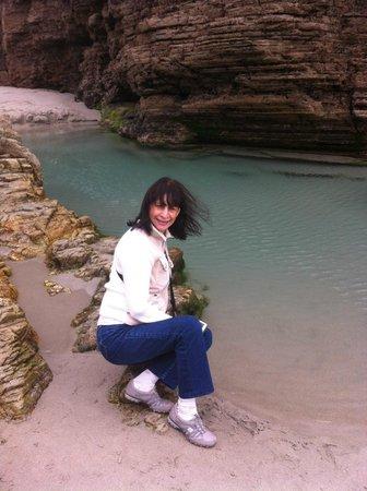 Playa de las Catedrales: Pequeñas lagos alrededeor de las rocas