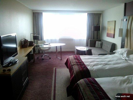 Hilton Vienna Danube Waterfront: Zimmer